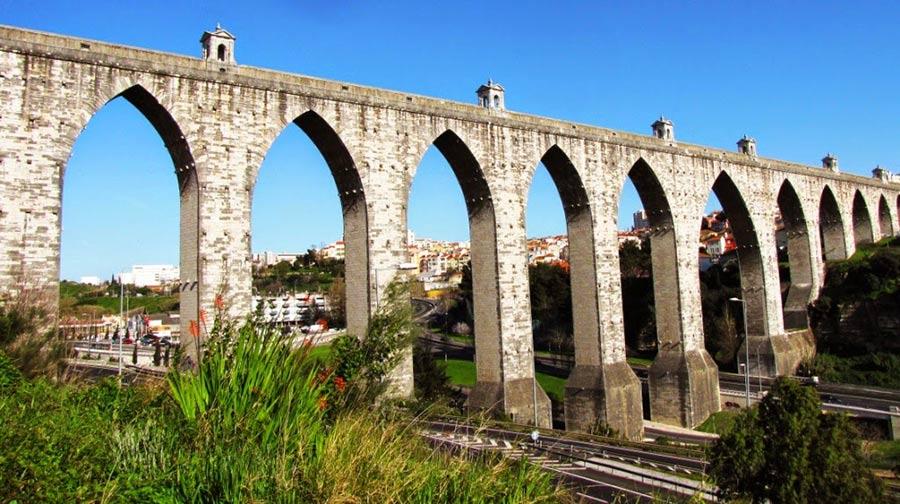 что посмотреть в Лиссабоне - Акведук Агуаш Либре