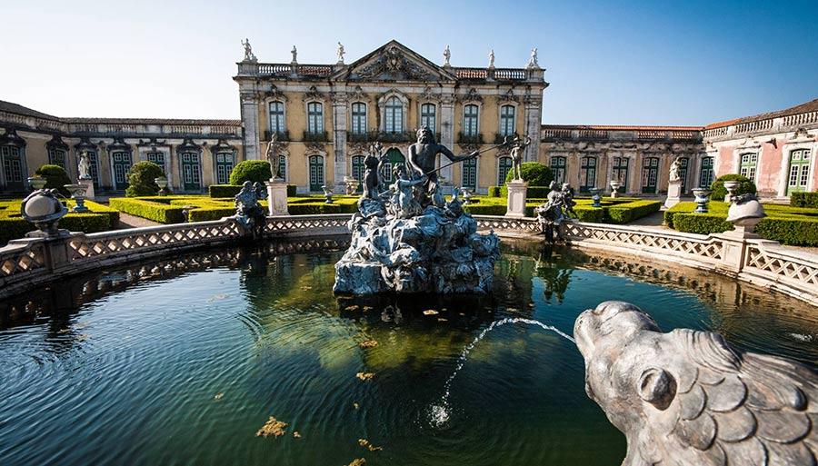 Дворец Келуш в Лиссабоне